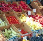 Fructele și legumele din piețele din România sunt verificate de experții MADR
