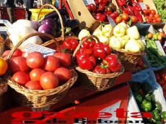 targ-aroalimentar-fructe-legume-24-678x381